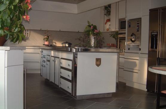 Chaudronnerie de l'Isère, tôlerie fine, fabrication sur mesure de fourneaux et de matériel inox